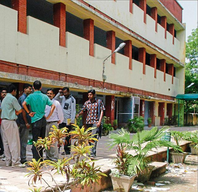 DU law faculty