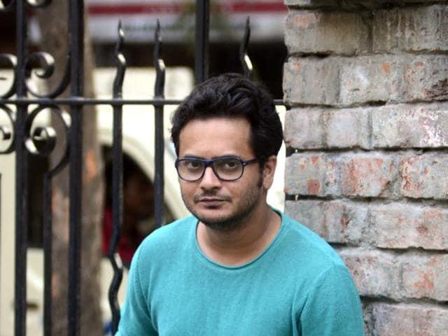 Actor Rahul and National Award-winning filmmaker  Pradipta Bhattacharyya on the set of Goen Da.