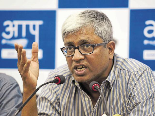 AAP leader Ashutosh says people should take their problems related to power, water etc to the lieutenant governor.