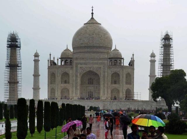 Taj Mahal,Cleanliness of Taj Mahal,UP govt