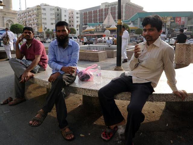 Indians stranded in Saudi Arabia,Kerala minister KT Jaleel,VK Singh in SaudiArabia