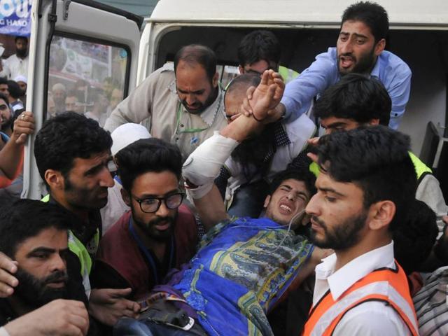 Kashmir clashes,Kashmir unrest,Srinagar