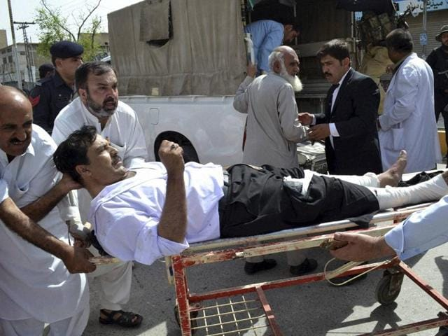 An overview of the scene of a bomb blast outside a hospital in Quetta, Pakistan, August 8, 2016.