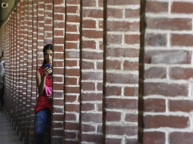 A girl at Miranda House college of Delhi University colleges in the North Campus.(Saumya Khandelwal/HT FILE PHOTO)