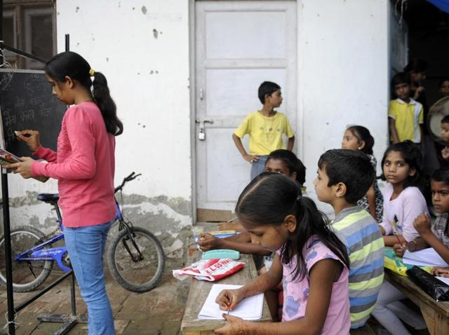 A retired chief general manager of a PSU bank is running a coaching centre for school dropouts in Noida for three years.