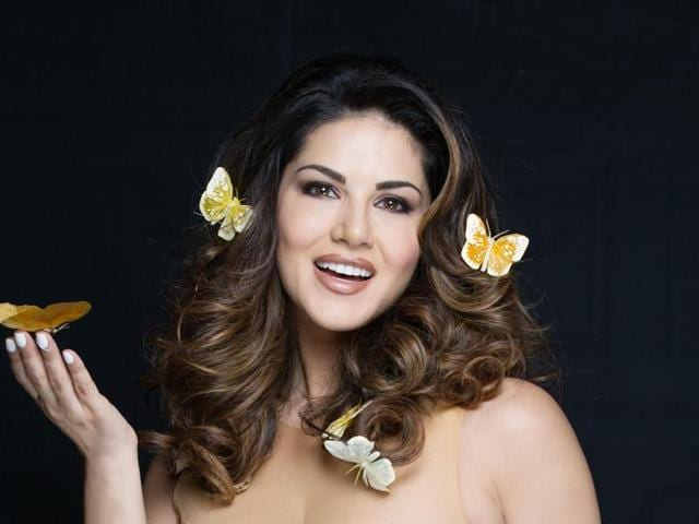 Sunny Leone will be seen in a dance song with Ajay Devgn for MilanLuthria's next movie.