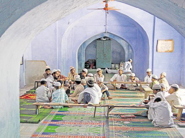 To dispel the notion that madrasas are terror nurseries, Sunniyat Jamia Razvia Manzar-e-Islam has taken a first of its kind step by introducing a two-year 'anti-terrorism course'.(Parwaz Khan/Representative image)