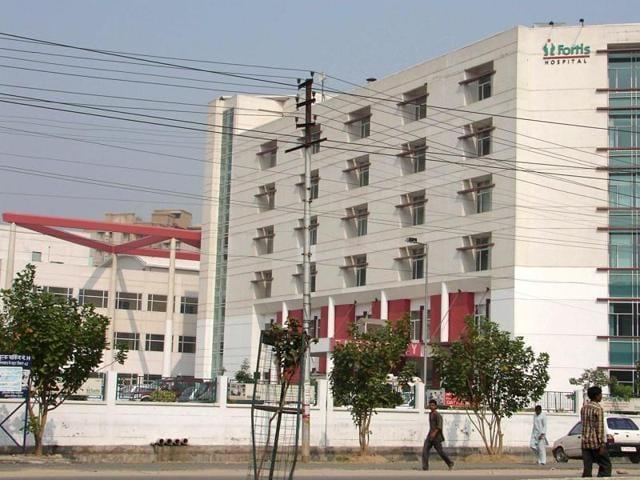 traffic police,Jaypee Hospital,Fortis Hospital