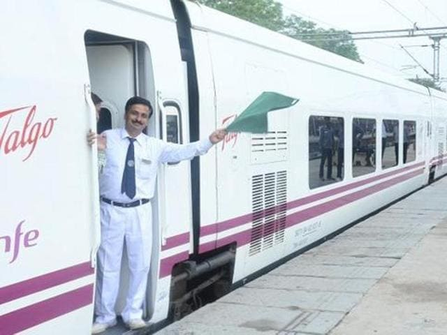 The Talgo coaches comprise of two executive class cars, four chair cars, a cafeteria, a power car and a tail-end car.
