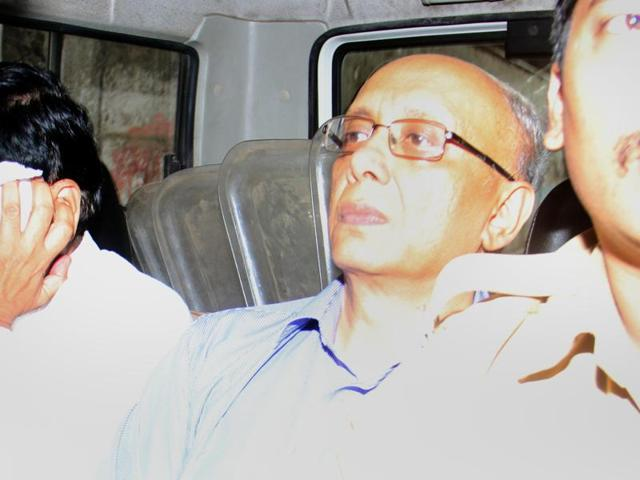 Dr Sujit Chatterjee (left), CEO of Dr LH Hiranandani Hospital, was produced in the Andheri court on Wednesday.