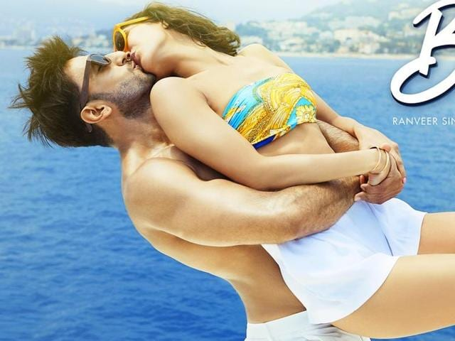 Ranveer Singh and Vaani Kapoor kiss for the fifth time on the fifth  poster of Befikre.
