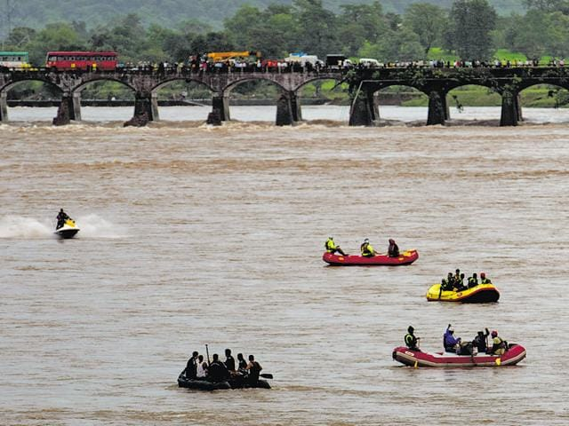 Four teams - 40 jawans from the NDRF and 25 from coast Guards,16 boats and several divers were part of the rescue operation that began on August 3. The teams have so far found 26 of the 42 people who went missing after the river washed away the bridge at Mahad.