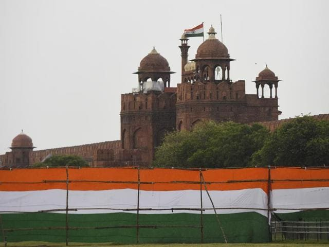 The roads around old and central Delhi will witness traffic restrictions on Saturday for the Independence Day dress rehearsal.