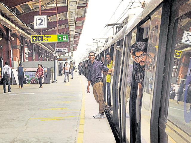 A DUstudent, depressed over her academic performance, jumped in front of an oncoming metro train at Indraprastha metro station onThursday afternoon.