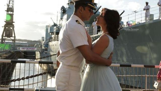 Akshay Kumar, Ileana D'Cruz in a still from Rustom. (YouTube)