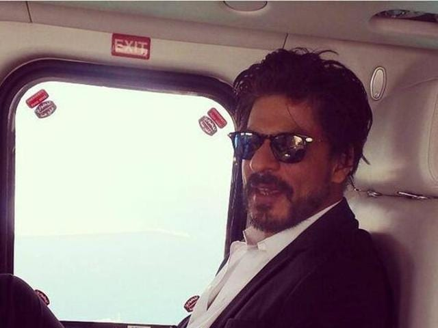 SRK shared this photo of him travelling to Ras Al Khaimah, UAE for the restarting SRK Boulevarde project in 2014. (Pinterest)