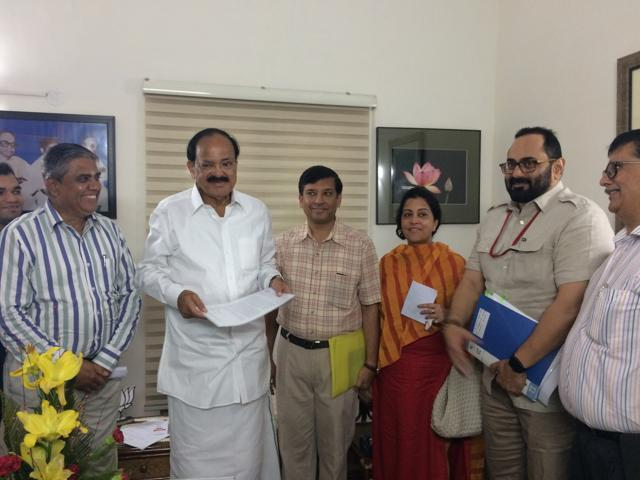Homebuyers whose projects have been delayed  submitted their suggestions on RERA to  MoUD minister Venkaiah Naidu along with Rajeev Chandrasekhar, member of parliament.