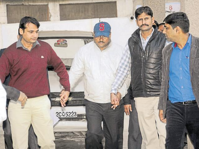 JP Singh had worked with suspended chief engineer Yadav Singh (in cap) who is facing a trial in a corruption case.