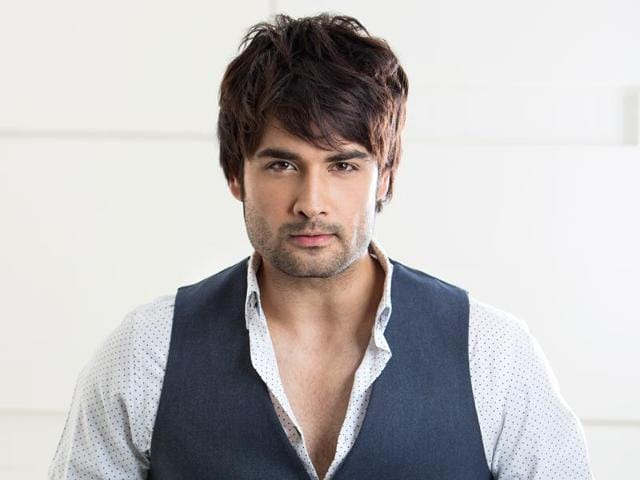 Actor Vivian Dsena is particular about the way his coffee is made and prefers to make it on his own.