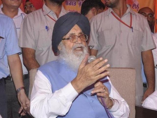 Punjab govt,Parkash Singh Badal,Supreme Court