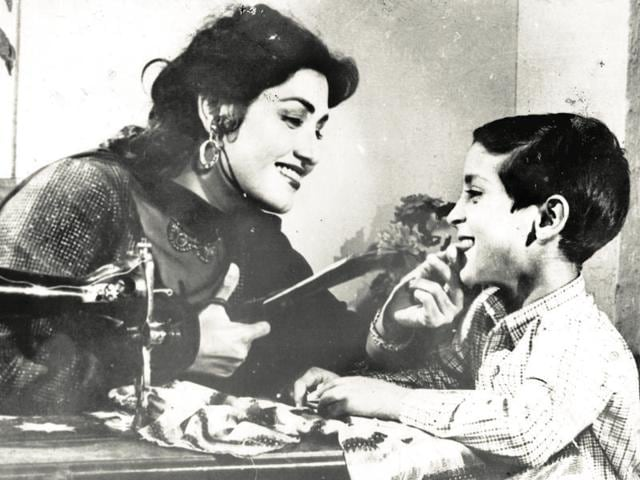 Noor Jehan in the Pakistani film, Lakht-e-Jigar (1956), a remake of the Hindi film Vachan (1955) starring Geeta Bali.