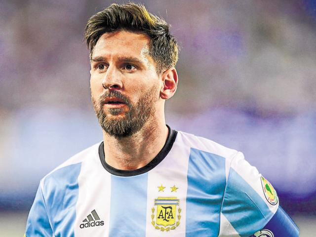 Argentina midfielder Lionel Messi (10) carries the ball during the second half of Argentina's match against Venezuela in Copa America quarterfinal at Gillette Stadium, in US.
