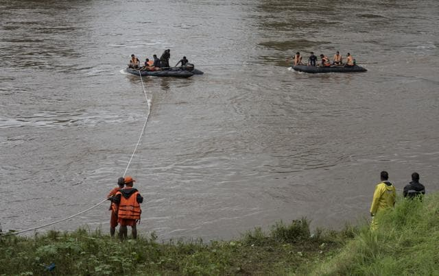 The government and NDRF teams, however, said the search for the missing will go on for a few more days.