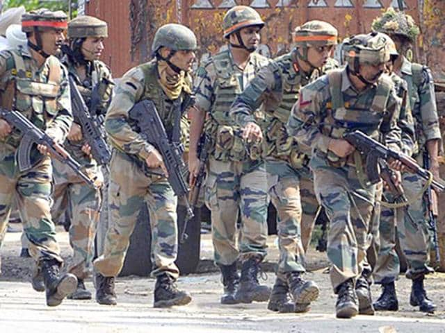Army personnel during an encounter with attackers at the police station in Dinanagar town in Gurdaspur district.