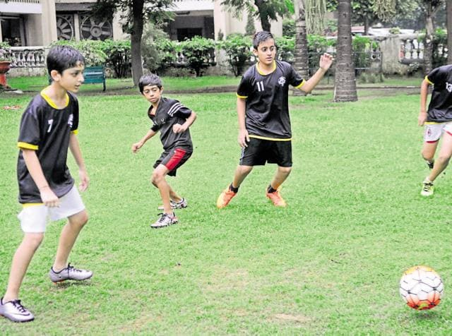 Hindustan Times Great Indian Football Action