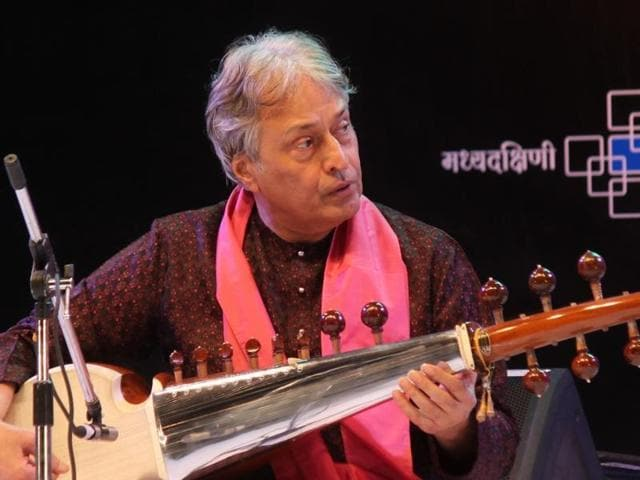 Sarod maestro Ustad Amjad Ali Khan's visa applications had been aimed at getting him to the UK for a performance at the Royal Festival Hall, London in September.