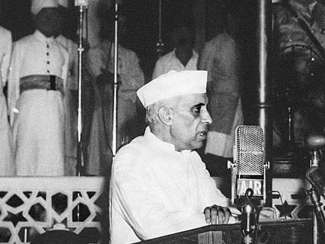 Prime Minister Jawahar Lal Nehru and a host of Congress leaders might feature in the government's Independence Day celebration.