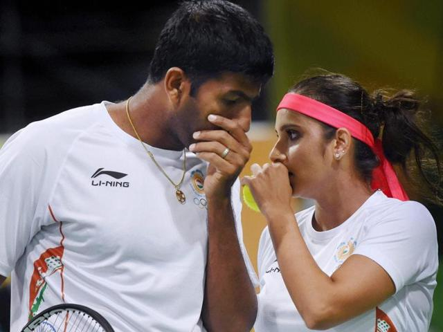 Sania Mirza And Rohan Bopanna play their mixed doubles semifinal match.