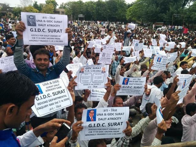 Participants at the Una Dalit rally.(Sudipto Mondal/ HT Photo)
