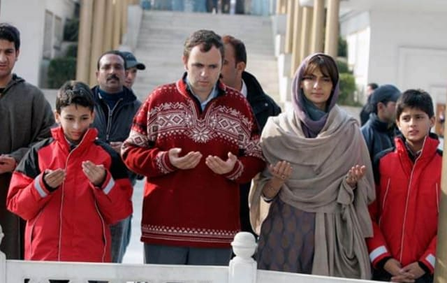 Omar Abdullah with his estranged wife and two sons.