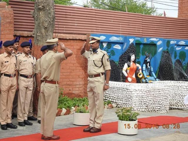 CRPFcommandant Pramod Kumar (right) was killed  in a gunfight with militants in Srinagar, J-K, on August 15, 2016.