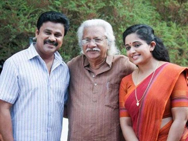 Adoor Gopalakrishnan with the lead stars, Dileep and Kavya Madhavan, from his new film, Pinneyum.