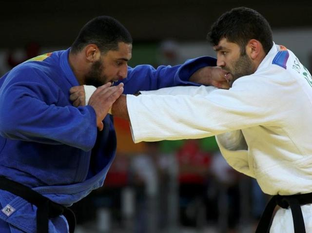Judoka Islam El Shehaby of Egypt (left) had refused to shake hands with Or Sasson of Israel after losing to him  last week in Rio.