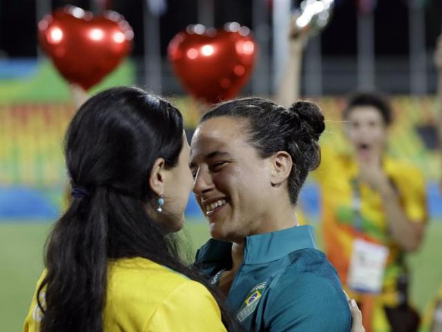 Brazilian player Isadora Cerullo melted hearts last week when she accepted a marriage proposal from her girlfriend who was working at the medals ceremony.