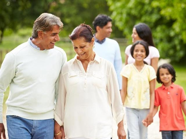The longer your parents live, the more likely you are to remain healthy in your sixties and seventies.