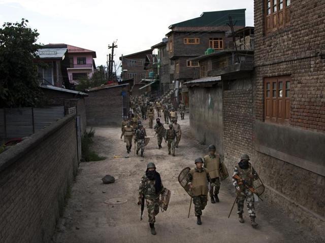 Kashmir protests,Hizbul Mujahideen,Burhan Wani