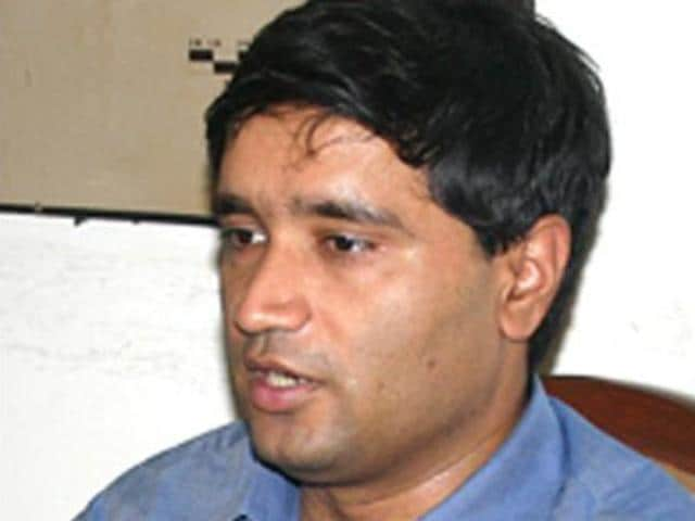 Sanjiv Chaturvedi,IFS officer,AIIMS row
