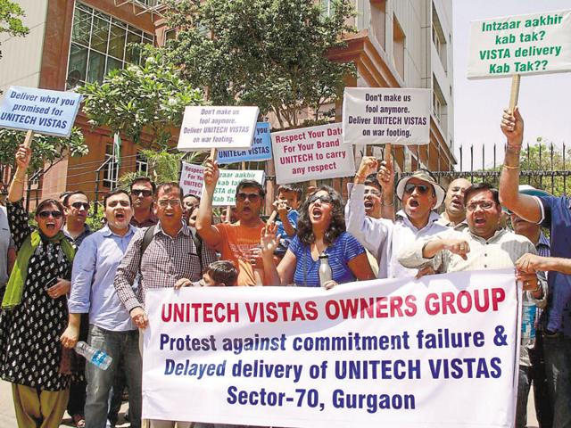 Vistas buyers said the amount determined by the apex court is the minimum base price of the apartments in 2009. They demanded clarity on the interest to be paid for delay in possession.