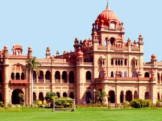 Khalsa College,Amritsar,Parkash Singh Badal