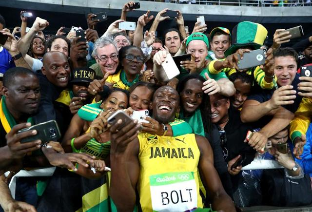 Usain Bolt won the 200 meters to complete the sprint double at a third straight Olympics, but seemed unimpressed with his performance.