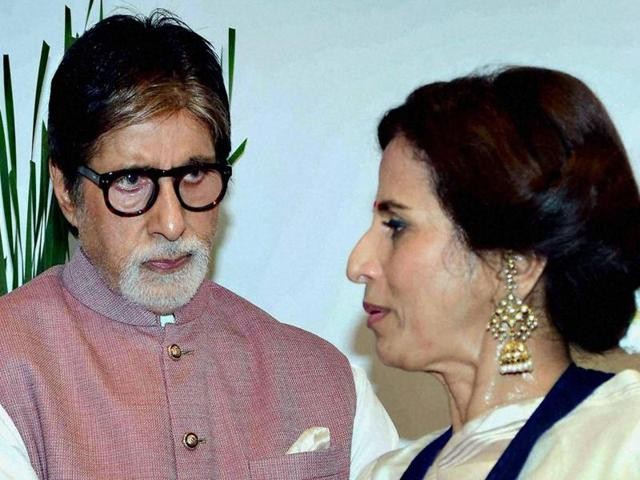Megastar Amitabh Bachchan has trolled Shobhaa De for her comments on  Indian athletes' failure to perform at the Olympics.