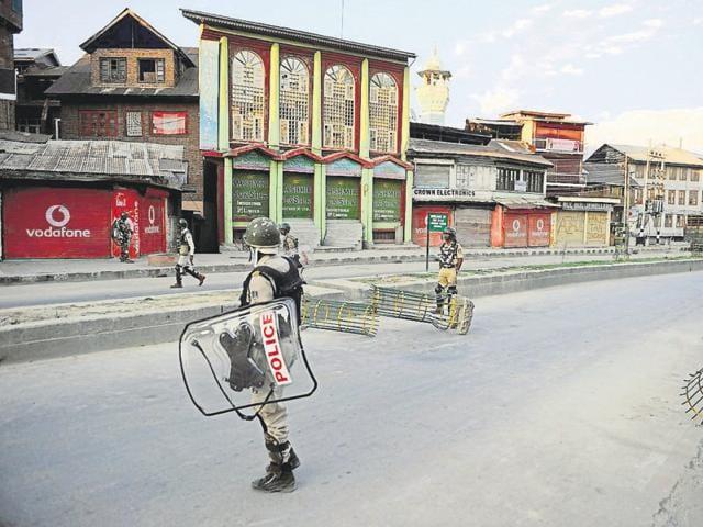 Kashmir turmoil,Punjab traders,sheep suppliers