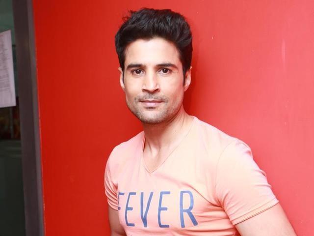 Rajeev Khandelwal,Kahiin To Hoga,Fever