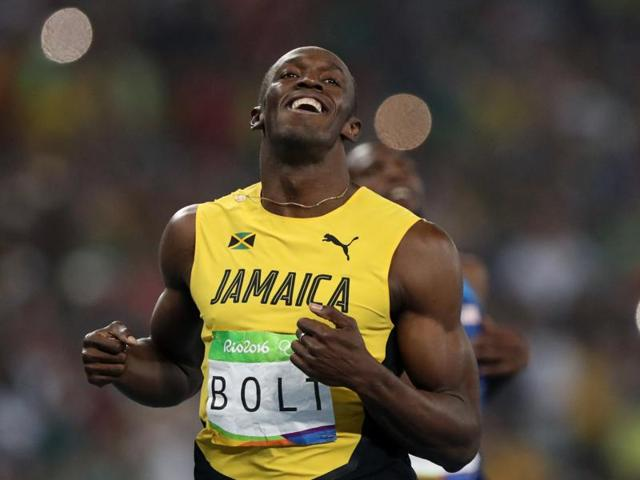 Usain Bolt won the 200m gold to achieve an unprecedented third consecutive sweep of the 100 and 200m sprints!