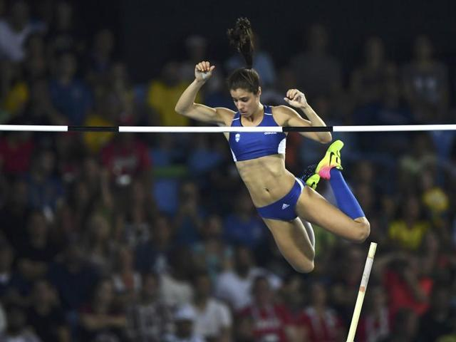 Ekaterini Stefanidi of Greece cleared 4.85 metres to win the gold medal on Saturday.