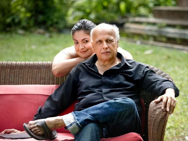 Mahesh Bhatt  with daughter Pooja Bhatt.